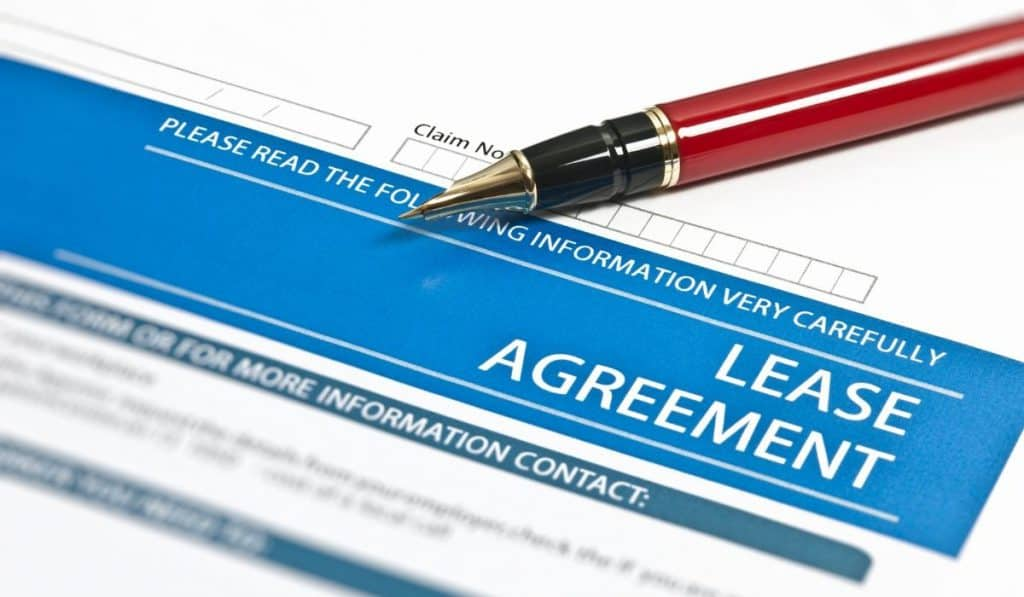 lease agreement form outlining property damage